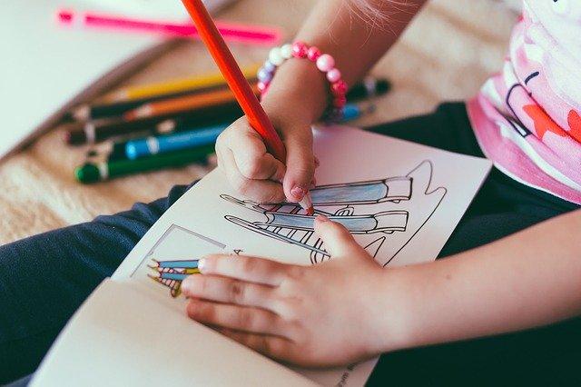 Les activités manuelles: quels bénéfices pour les enfants?