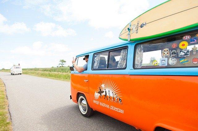 Partir en vacances: en caravane ou en camping-car?