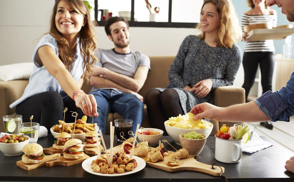 10 bonnes idées pour passer une soirée en famille à 4