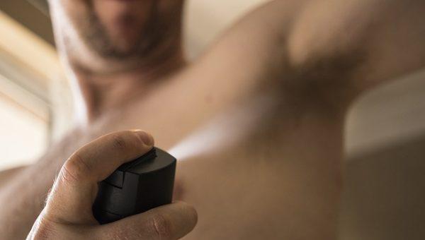 L'utilisation des déodorants en bombe, un facteur de la destruction de la couche d'ozone